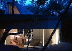 This brilliant house fits perfectly into its mountain site, thanks to computer mapping Architect House, Architect Design, Passive House, Energy Use, Chipboard, Prefab, Porch Swing, Outdoor Furniture, Outdoor Decor