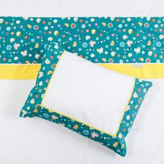 Cool Backpacks, Black Handbags, Handmade Bags, Baby Quilts, Simple Designs, Pillow Covers, Blanket, Pillows, Pillowcases