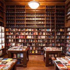 201212-a-americas-coolest-bookstores-books-and-books-miami