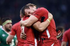 14/3/15 Wales 23 : 16 Ireland.Sam Warburton and Leigh halfpenny