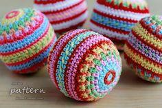Crochet Pattern - Colorful Mosaic Christmas Ball