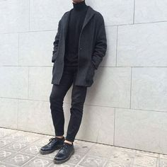 Best Men's Winter Outfits For Men Cool Style Ideas Korean Fashion Men, Fashion Mode, Look Fashion, Mens Fashion, Fashion Trends, Fashion Styles, Fashion Tips, Dr. Martens, Dr Martens Men