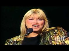 ▶ Peter, Paul and Mary - This Land Is Your Land (25th Anniversary Concert) - YouTube