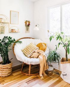 8 ideas for small bedroom if youre on a budget Space saving idea Keep colour to smaller details Neutral colour for walls. Room Ideas Bedroom, Bedroom Decor, Small Bedroom Chairs, Aesthetic Room Decor, Cozy Room, My New Room, Cozy House, Room Inspiration, Living Room Decor