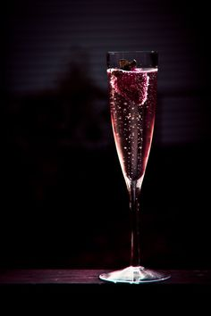 Too much of anything is bad, but too much champagne is just right. Simplicity Is Beauty, Luxury Blog, Luxury Lifestyle, Holy Chic, In Vino Veritas, Burgundy Wine, Jolie Photo, Pink Champagne, Strawberry Champagne