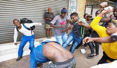 EkpoEsito.Com : Fresh xenophobic attacks in South Africa, shops lo...