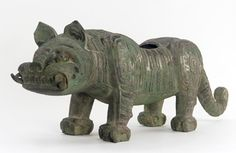 Fitting in the form of a tiger. Bronze, ca. 900 B. Ancient China, Ancient Art, Ancient History, Bronze Sculpture, Lion Sculpture, Zhou Dynasty, Freer Gallery, Old Best Friends, China Image