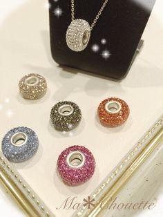 ぷっくりロンデル pp10 Clay Jewelry, Jewellery, Handmade Accessories, Polymer Clay, Swarovski, Pearl Earrings, Diy Crafts, Crystals, Create