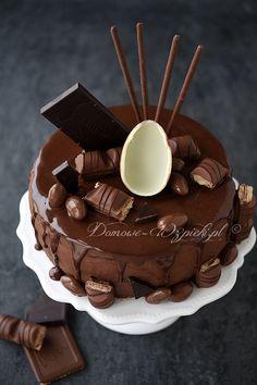 Chocolate nut cake with orange cream - Backen - Chocolate Orange, Chocolate Ganache, Chocolate Desserts, Chocolate Cream, Birthday Cake Write Name, Birthday Cake Writing, Bueno Cake, Orange Creme, Cake Decorating Designs