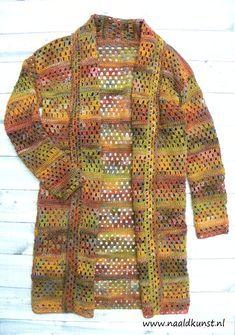 Let's granny Vest Crochet Cardigan Pattern, Chunky Knit Cardigan, Crochet Jacket, Crochet Poncho, Crochet Granny, Knitting Patterns, Crochet Patterns, Shrugs And Boleros, Tricot