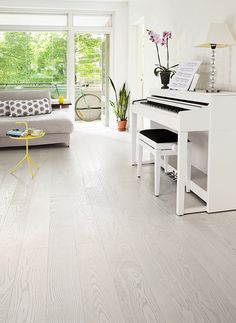 Ash parquet SILK, brushed matt lacquered is light and elegant floor. www.timberwiseparquet.com  Saarniparketti SILK, harjattu mattalakattu on kepeä ja elegantti lattia. www.timberwiseparketti.fi Flooring, Interior Design, Living Room, Flooring For Stairs, Home, Interior, House Tiles, Home Decor, Room