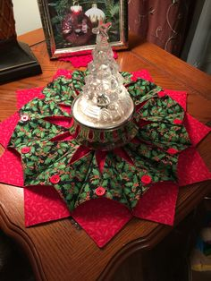 fold 'n stitch wreath. A fabric centerpiece. I made up my pattern.