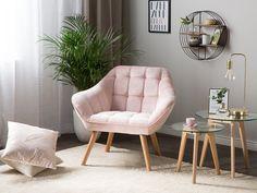En bekväm fåtölj i unik design. Täckt med sammet i vacker pastell färg kommer den passa till varje modern inredning. #beliani #möbler #fåtölj #vardagsrum #interiör #inredningsinspiration Furniture, Interior, Living Room Furniture Collections, Beliani, Comfy Armchair, Cosy Corner, Armchair, Bedroom Corner, Velvet Armchair