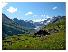Alpage de Moiry  http://www.trekearth.com/gallery/Europe/Switzerland/West/Valais/Grimentz/photo422983.htm