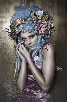 Modelo: Maty Estilismo: David Valderas Make-up/Hair: Rebeca Saray Fotografía / Edición; Rebeca Saray Iluminación: Bowens (www.bachimport.com)
