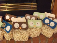 Owl popcorn bags, perfect for a Halloween or Owl Fall party!