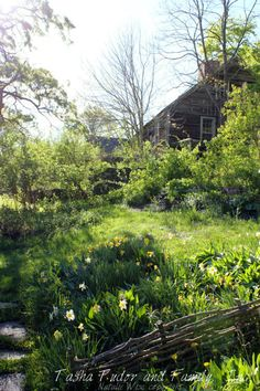 Talo ja puutarha ovat vertauskuvia omasta itsestä. Tutustumalla talon huoneisiin…