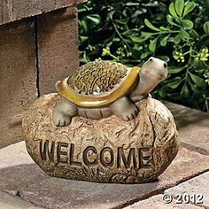 """Welcome"" Stone with Mosaic Turtle"