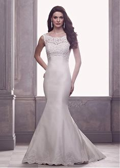 CHARMING TULLE SATIN MERMAID JEWEL NECKLINE NATURAL WAISTLINE WEDDING DRESS WITH LACE APPLIQUES