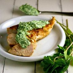Spice-rubbed grilled chicken breasts topped with fresh cilantro, mint, and yogurt chutney. Clean Eating Meal Plan, Healthy Eating, Steak Recipes, Chicken Recipes, Vegetarian Lentil Soup, Chutney Recipes, Super Healthy Recipes, Grilled Chicken, Food For Thought