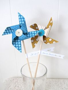 Pinwheel Favors/ Escort Cards by LeahRHood on Etsy, $75.00