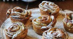 Μηλοπιτάκια σε σχήμα τριαντάφυλλου - ΠΕΤΡΕΤΖΙΚΗΣ My Favorite Food, Favorite Recipes, Cupcakes, Finger Foods, Cravings, Sweet Tooth, Sweet Treats, Cheesecake, Muffin
