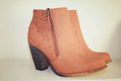 tan low-heeled ankle boots