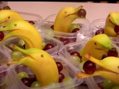 Bonus Snack Idea! What a way to take ordinary fruit items and transform them into something extraordinary! www.cokesburyvbs.com