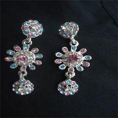 Collar Full stone earrings.  www.ruperhat.com