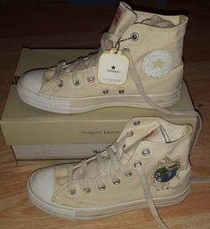 b8dcd70bb0709f Converse men s 6 women s 8 John Lennon Imagine Peace limited edition 2004  shoes