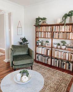 Boho Living Room, Home And Living, Living Room Decor, Living Spaces, Bedroom Decor, Bookshelf Living Room, Bedroom Modern, Decor Room, Design Bedroom
