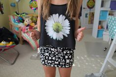 . Love the skirt and the floral shirt
