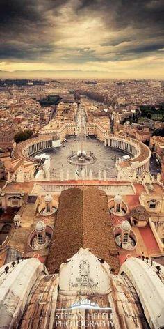 Ciudad Vaticano, Que se Queme la Ramera / Prostituta...  Vatican City, Let that Harlot / Prostitute Burn...