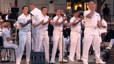 These 5 Navy sailors entertain this crowd with their songs that are so good, you might think you're hearing Frankie Vallie. 60s Music, Music Sing, Music Mood, Songs To Sing, Country Music Lyrics, Navy Sailor, Jersey Boys, Strike A Pose, My Favorite Music