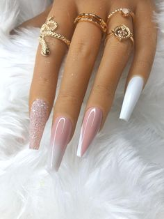 Bling Acrylic Nails, Best Acrylic Nails, Nude Nails, Gel Nails, Long White Nails, Glitter Ombre Nails, White Acrylic Nails With Glitter, White Nail Designs, White Nails With Design
