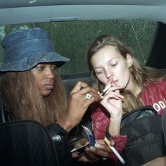 Naomi Campbell & Kate Moss during MFW SS 1993