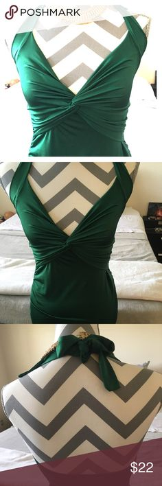 Sexy Green Cocktail dress This dress is Super Sexy & is perfect for a cocktail party, dinner date, dancing. I wore it to my company Christmas party. In Excellent Condition. Stored in Super clean home, non smoking- no pets! Free gift with every purchase! 🎁 Body Central Dresses