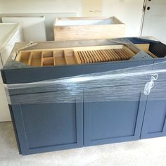 Diamond at lowe 39 s intrigue cabinets naval paint hgtv - Sherwin williams outerspace exterior ...