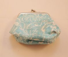 Blue Swirl Pattern Coin Purse - Free P £7.00