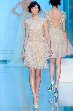 Robe blanche courte couture