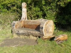 Unique DIY Furniture Made From Tree Stumps and Logs Ideas Rustic Log Furniture, Tree Furniture, Garden Furniture, Unique Furniture, Living Furniture, Furniture Ideas, Furniture Design, Tree Stump Planter, Tree Stumps