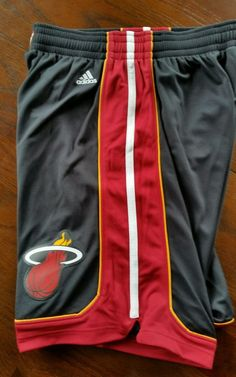 616c207f010e New Mens NBA Miami Heat adidas swingman Black shorts Large - FREE SHIPPING   adidas  MiamiHeat