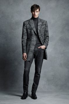 http://www.style.com/slideshows/fashion-shows/fall-2015-menswear/michael-kors/collection/4