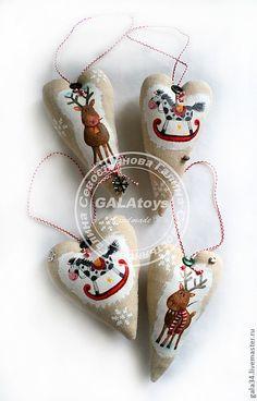 Купить Новогодние интерьерные подвески. Текстильные игрушки - сердце, сердечко, подвеска сердце, романтичный подарок