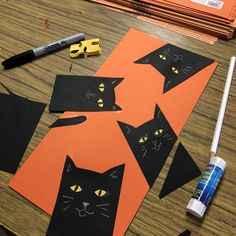 variation on peek-a-boo cats. I love the addition of the tail! art lessons Peek A Boo Cat Collage · Art Projects for Kids Halloween Art Projects, Theme Halloween, Halloween Paper Crafts, Fall Art Projects, Manualidades Halloween, Halloween Banner, Cat Crafts, Halloween Activities, Projects For Kids