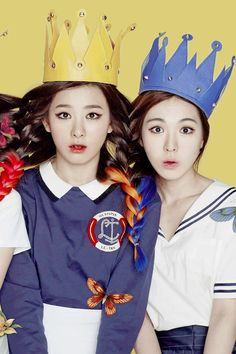 RED VELVET COUPLE WALLPAPER