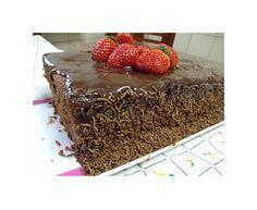fiz este bolo para meu amigo Mauro Rebelo,