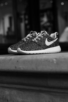 Nike Roshe Run. Shoe. Fashion. Unisex. Street Style. Clean. Minimal. Solid. Sneakers. Concrete. Dots. Black & White. Comfort. Beauty. Art.