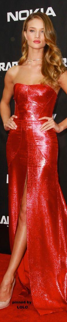 Rosie Huntington Whiteley..gorgeous gown NYC | LOLO