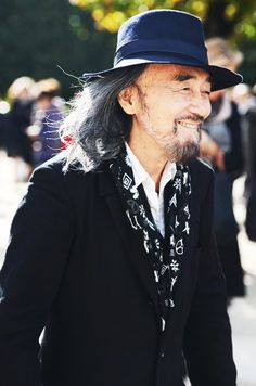 TOMMY TON catches fashion icon Yohji Yamamoto on the streets of Paris. Love.